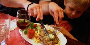 family-restaurant1500x750